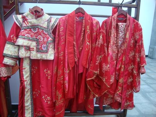 Старинни сватбени одежди от династията Цин - под наем