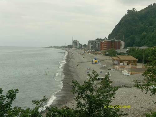 Плажът при гр. Сарпи Източното крайбрежие на Черно море