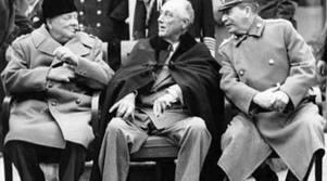 Чърчил (Великобритания), Рузвелт (САЩ)  и Сталин (СССР) на конференцията в Техеран