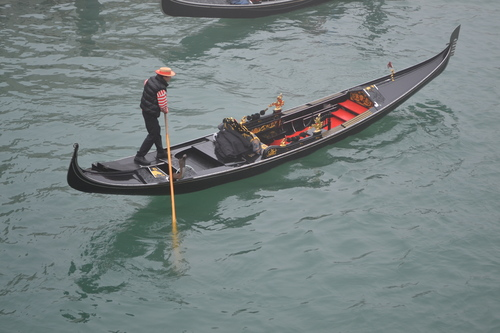 Венеция, ранобуден гондолиер