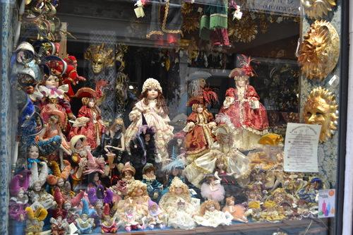 Венеция, магазин за порцеланови кукли