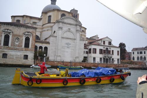 Венеция, Канале Гранде, бърза доставка
