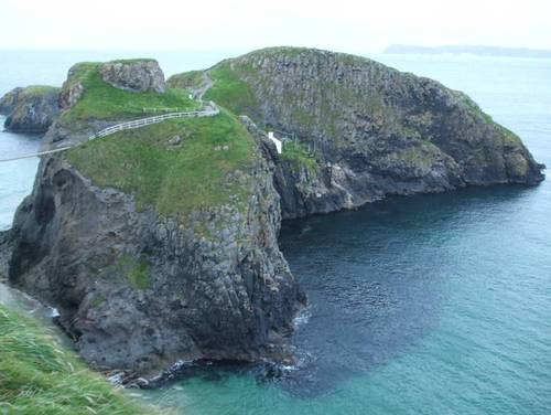 Това е целия остров Скала на пътя