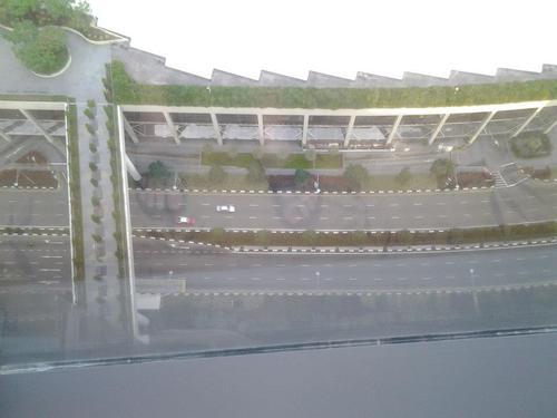 Поглед от високо към булеварда