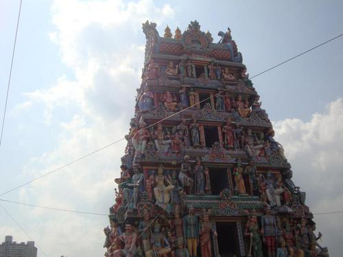 Входа на Sri Mariamman Temple Singapore