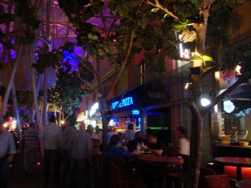 Вечер в Clarke Quay