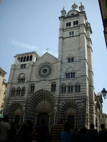 Италия, Генуа, Катедралата