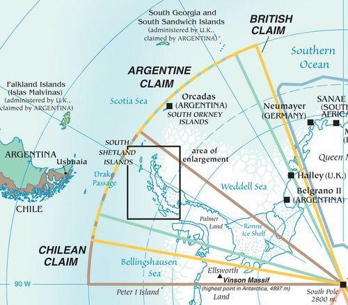 Политическа карта с разпределението на териториалните претенции на Чили (розов цвят), Аржентина (зелено) и Великобритания (жълто). С черен правоъгълник е заграден района на Южните Шетландски острови Източник: http://en.wikipedia.org/wiki/Territorial_claims_in_Antarctica