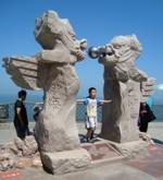Пънлай, Паметникът на водната граница между двете морета - Жълто и Бохай