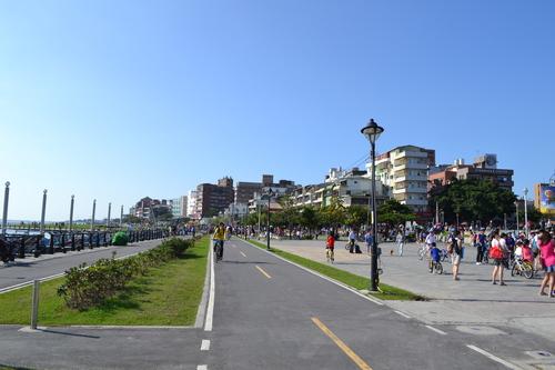 Тамсуй, крайбрежната алея