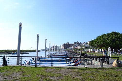Тамсуй, закотвени традиционни лодки