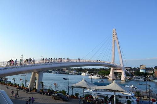 Fisherman's wharf, Мостът на влюбените