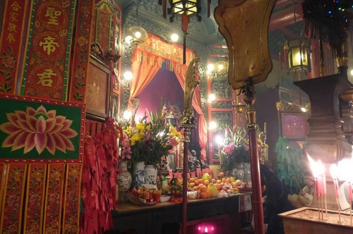 Хонг Конг, храм Ман Мо
