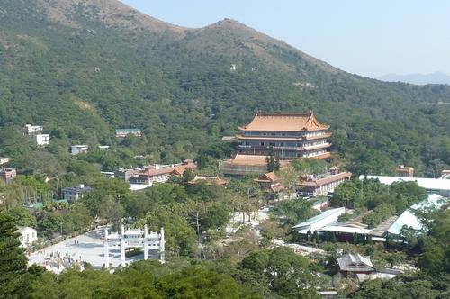 Хонг Конг, Лантау, манастир По Лин