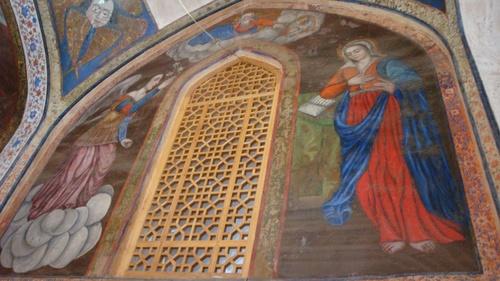 Архангел Гавраил донася благата вест на дева Мария.