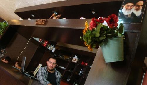 Исфахан, в кафенето