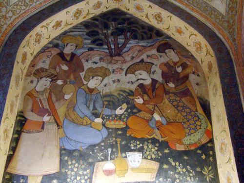 Мустакатият шах Аббас е на пикник :)