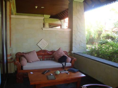 верандата на стая 2072 в хотел Bali Tropic Resort & Spa