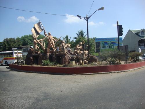 Филипините, паметникът, посветен на Батаанската битка и Похода на смъртта