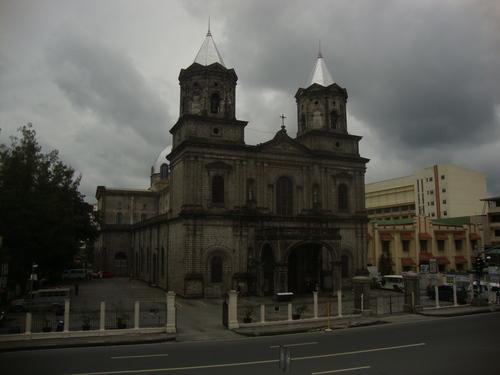 Филипините, църквата в Ангелес