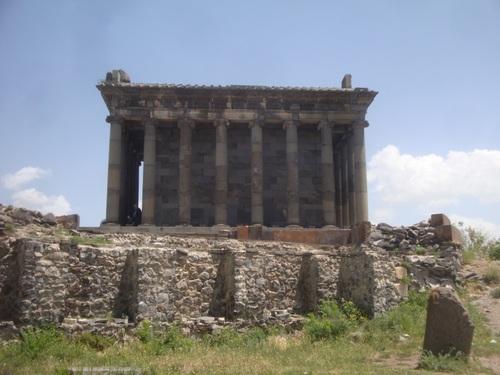 Армения, Гарни, Храмът на Митра