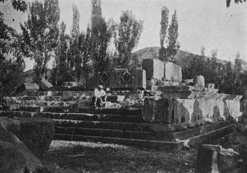 Армения, Развалините на храма в Гарни разкопани в 1909г.