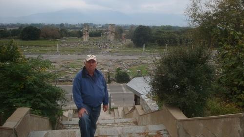Тракийски и български следи във Филипи, Гърция