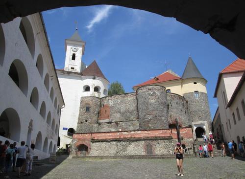 Замъкът в Мукачево, Юго-Западна Украйна
