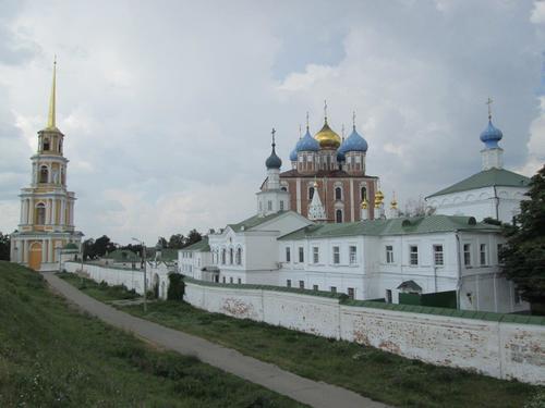 Поглед към архитектурно-историческия комплекс в Рязан