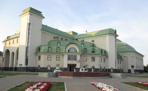 Башкирският драматичен театър в столицата Уфа