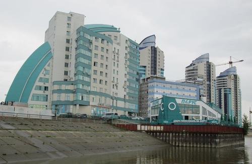 Град Барнаул е административен център на Алтайския край