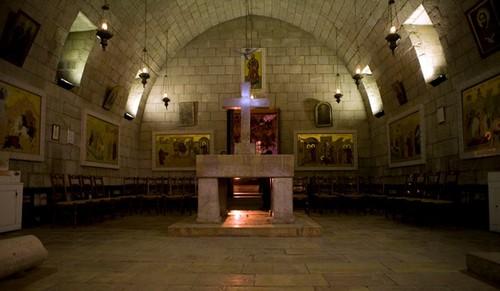 Интериорът на църквата