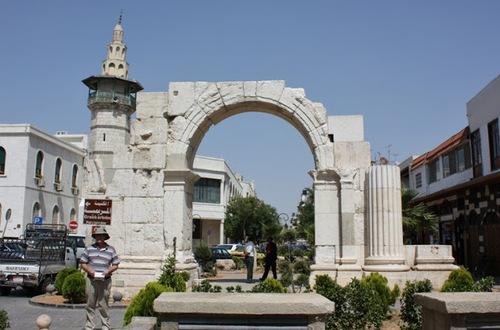 Дамаск, Римската монументална арка