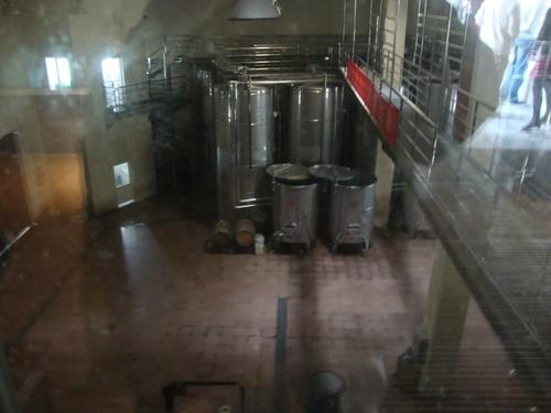резервоари за вино