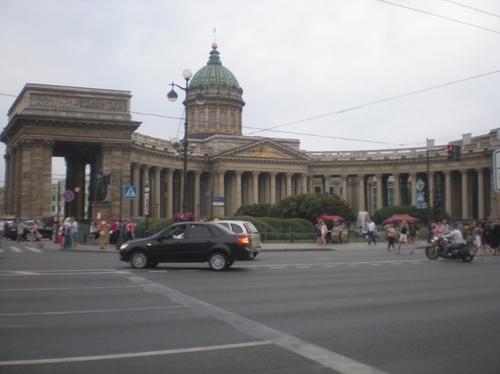 И другата разкошна катедрала в града - Казанский собор