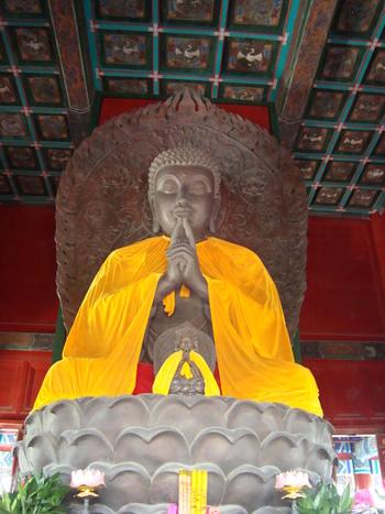 в будисткия храм