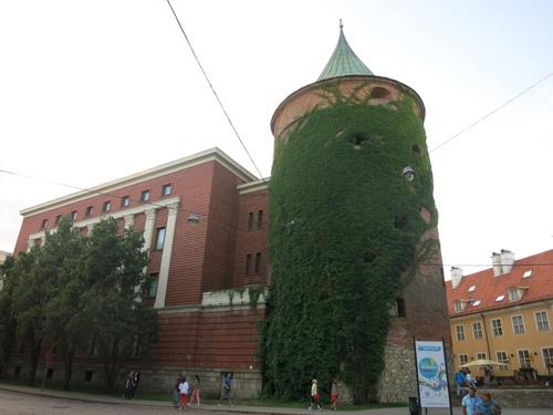 Рига, Латвийският музей на войната