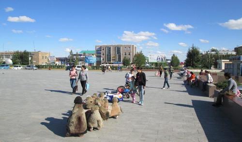 Арвайхер се оказа типично провинциално градче с доста млади хора по улиците