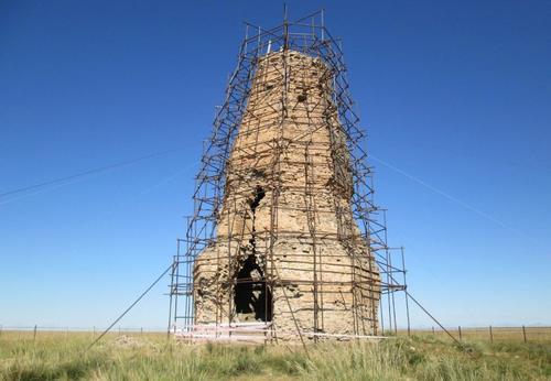 Отбранителна кула на град Херленбарс, 9-ти век