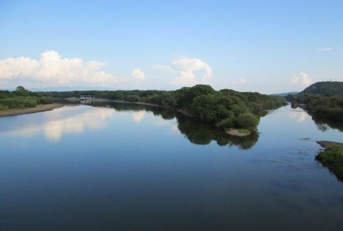 Река Усури в горното й течение, която снимах от моста над нея