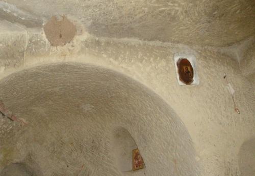 Костадиновият скален манастир