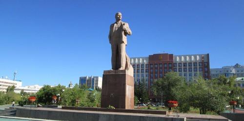 Паметникът на Ленин в град Чита