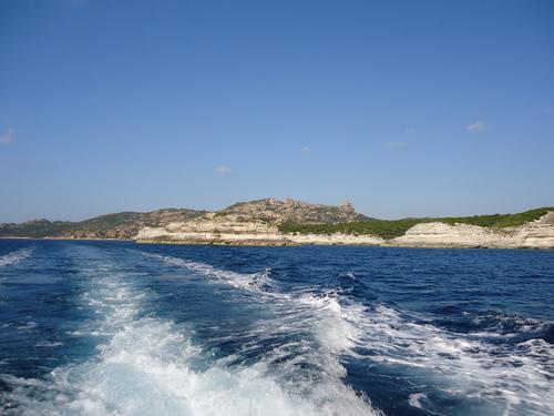 По брега -природният резерват Скандола