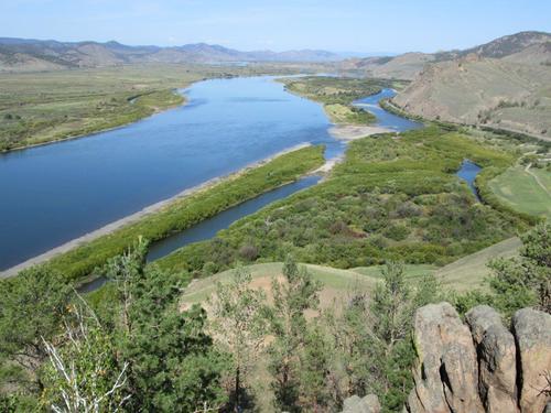 """Поглед към долината на река Селенга от върха на хълма """"Спящият лъв"""""""
