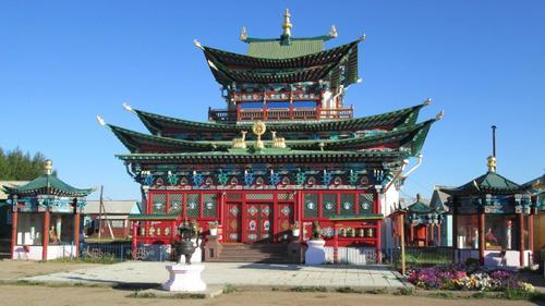 Дворецът-храм Хамбо-лама Итигелова, където се съхранява тялото на Учителя