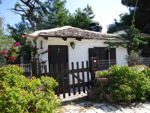 Традиционна къща в Алики