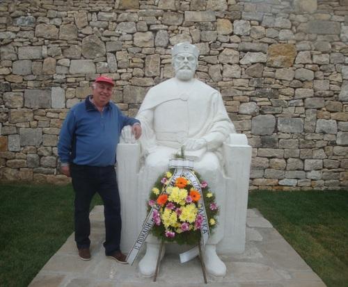 Поклоних се на св. цар Борис Покръстител, че ни вкарал  в цивилизования християнски свят.