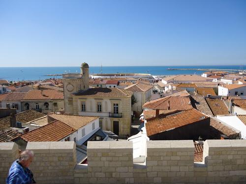 Панорама от терасата на църквата,а отсреща е музея на маркиз Барончели