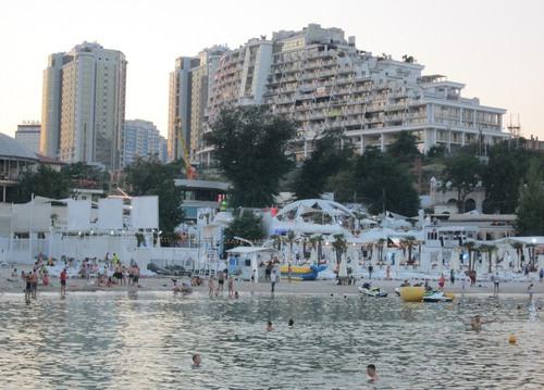 Един от плажовете на Аркадия - курортната зона на Одеса