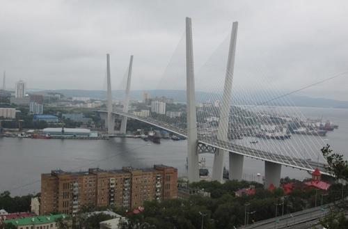 Владивосток: Поглед към залива Златния рог на Японско море
